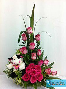 Globos, Flores y Fiestas Church Flower Arrangements, Rose Arrangements, Church Flowers, Funeral Flowers, Unique Flowers, Diy Flowers, Fresh Flowers, Flower Decorations, Beautiful Flowers