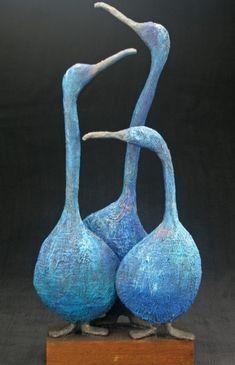 Paper Mache Sculpture, Pottery Sculpture, Bird Sculpture, Animal Sculptures, Pottery Art, Ceramic Pottery, Slab Pottery, Thrown Pottery, Ceramic Sculptures