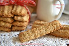 Easy Cookie Recipes, Dog Food Recipes, Cake Recipes, Biscotti Cookies, Pasta Maker, Cookie Crumbs, Homemade Dog Treats, Quick Easy Meals, Granola