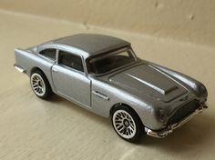 Aston Martin 1963 DB5 007 SKYFALL HW
