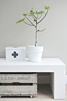 Te koop op Lekker Fris: stoer tv meubel!