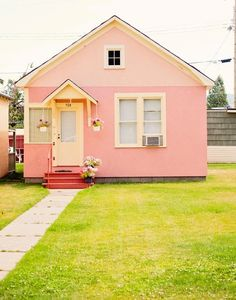 lil pink house - this is a freakin adorable house. maybe as a shed/guest room/home office/yoga studio one day