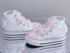 Infant Custom Crystal Bling Converse Single Row Crystals - Kids and Parenting Baby Converse, Bling Converse, Bling Shoes, Bling Bling, Converse Girls, Cute Baby Shoes, Baby Girl Shoes, White Shoes For Girls, Girls Shoes