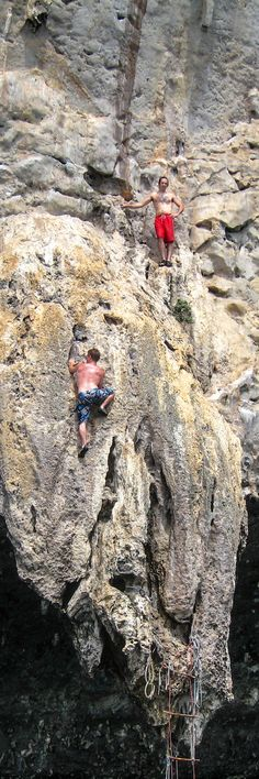 Deep water solo rock climbing in Tonsai, Thailand! A unique and heart-pounding adventure!