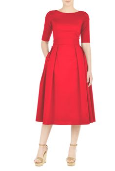 Our stretch cotton poplin dress is cinched in with an elasticated self-belt and a large bow at the back. The princess-seamed bodice and pleated skirt are classically flattering, while pockets and a below knee length hemline offer modern elements.