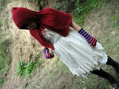 """Little red riding hood, Capelet Knitting Pattern - """"Le Petit Chaperon Rouge"""" - PDF instant download SALE"""