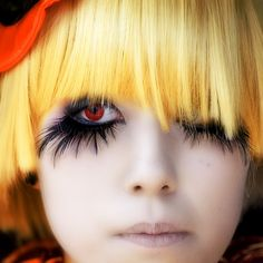 Harajuku Girl #harajuku girl #false eyelashes #yellow wig