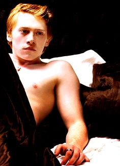In A Perfect World I Wouldn't have to Fantasize Rupert Grint Shirtless, Rupert Evans, Boyfriend Girlfriend Shirts, One Direction Shirts, Redhead Men, Yer A Wizard Harry, Human Reference, Hot Actors, Ron Weasley