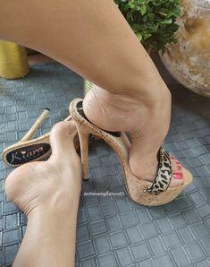 Types Of High Heels, Open Toe High Heels, Gorgeous Feet, Killer Heels, Sexy Feet, Shoes Heels, Stockings, Sandals, Brown