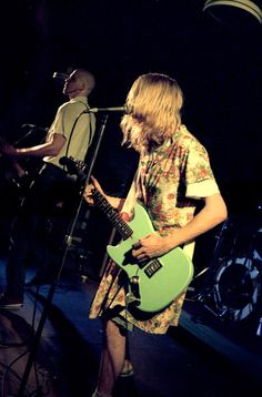 On today (April 27) in 1990 Nirvana play at Hampshire College (Amnesty International Benefit) in Amherst, MA. Kurt performed in a dress.