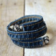 This denim wrap bracelet is easy to make out of recycled jeans and is a wonderful statement piece this spring.