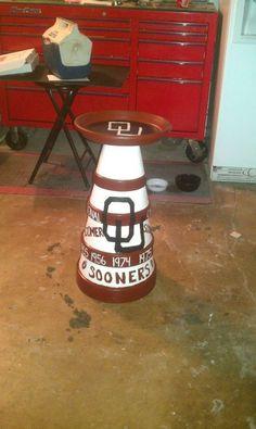 handpainted terracota pot Oklahoma Sooners bird bath