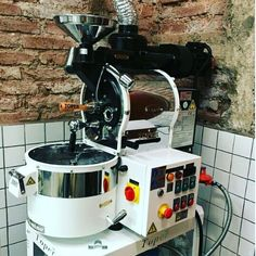 Roaster machine by topper #roastercoffee #topper #sanraikopi #coffeeroasted  #jualmesinkopi #jualgrinder #coffee #specialtycoffee #coffeemachine #espressomachine #grinder #victoriaarduino #nuovasimonelli #blackeagle #mythos1 #barista #toffin #toffinproduct #coffeeshop #coffeeshop #cafe #restaurant #kopi #manmakecoffee #mandrinkcoffee #coffeesesh #anakkopi just call me for detail : 081210956597 / 089510126425 ( what up ) BB : 2B345B52 http://ift.tt/1VbgBi2