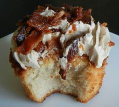 FRENCH TOAST CUPCAKE with BACON!!!