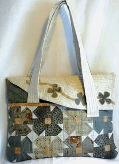 A beautiful elegant handbag It has a front pocket with flower blocks and a pieced back I have used a lovely linen cotton mix fabric for the curved Fabric Bags, Flower Applique, Southern Belle, Beautiful Bags, Baby Quilts, Tote Bag, Pattern, Things To Sell, Quilting