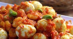 ResepSambal Goreng Telur Puyuh | Resepkoki.co Egg Recipes, Asian Recipes, Ethnic Recipes, Indonesian Food, Shrimp, Spicy, Food And Drink, Menu, Potatoes