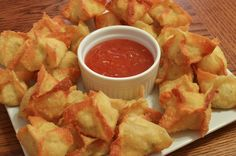 Better Than Takeout: Crab and Cream Cheese Wontons - Foodista.com