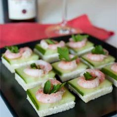 Best appetizers for party finger foods christmas ideas Kids Party Snacks, Appetizers For Kids, Quick And Easy Appetizers, Appetizers For Party, Canapes Recipes, Cucumber Recipes, Appetizer Recipes, Party Recipes, Best Mushroom Recipe