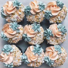 These pretty cupcake ideas will make your wedding, birthday , holiday season or any celebration even sweeter. Whether you prefer coffee cupcakes, chocolate cupcakes, vanilla cupcakes or If. Pastel Cupcakes, Pretty Cupcakes, Fancy Cupcakes, Floral Cupcakes, Beautiful Cupcakes, Yummy Cupcakes, Wedding Cupcakes, Coffee Cupcakes, Vanilla Cupcakes