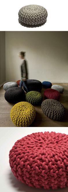 Thomas Eyck Urchin Pouf Large : surrounding.com