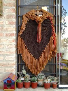 poncho Poncho Knitting Patterns, Knitted Poncho, Crochet Shawl, Knit Crochet, Crochet Patterns, Tassel Necklace, Crochet Necklace, Boho, Shawls