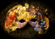 Carnival Queen Mask -by Beadazzlebyjill on deviantART
