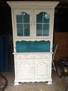 From brown to shabby chic! Corner Hutch, Painted Hutch, China Cabinet, Lisa, Shabby Chic, Furniture, Design, Home Decor, Painted Buffet