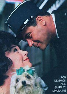JACK LEMMON and SHIRLEY MacLAINE in Irma La Douce (1963).