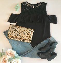 Fall Outfit. Black cold shoulder Top paired with boyfriend jeans, black Booties, leopard clutch and mint drop earrings. #outfits