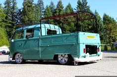 fronts and rears Photo: This Photo was uploaded by Find other pictures and photos or upload your . Volkswagen Transporter, Volkswagen Bus, Vw T1, Vw Camper, Campers, Kombi Pick Up, Nice Bus, Combi Vw, Vw Cars