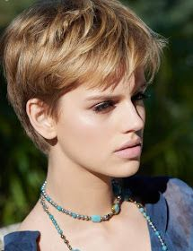 88 Gorgeous Pixie Haircuts for Older Women - Hairstyles Trends Short Pixie Haircuts, Pixie Hairstyles, Short Hair Cuts, Easy Hairstyles, Short Hair Styles, Haircut For Older Women, Older Women Hairstyles, Modern Haircuts, New Haircuts