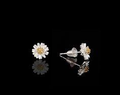 Everything Daisies Elegant Sparkle Earrings - $30 http://www.muwae.com/shop/everything-daisies-elegant-sparkle-earrings