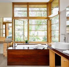 Japanese soaking bathtubs are quite different from Western-style tubs. One of their most important characteristics is the fact that they have a deeper cons