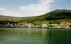 """""""Adventure Camp:    Para pasarlo bien, aprender inglés y hacer muchos deportes.    Carlingford es un campamento que acoge a chicos y chicas irlandeses desde hace más de 20 años, con unas instalaciones completísimas   #WeLoveBS #inglés #idiomas #Irlanda #Ireland """""""