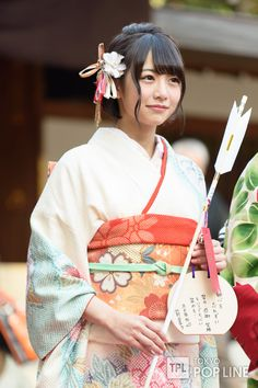生田絵梨花ら乃木坂46新成人メンバーが晴れ着披露 96年組は「マイペース世代」 | TOKYO POP LINE Japanese Kimono, Geisha, Drawing Reference, Art And Architecture, Asian Girl, Kawaii, Cute, Beauty, Supreme