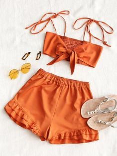A site with wide selection of trendy fashion style women's clothing, especially swimwear in all kinds which costs at an affordable price. # Outfits shorts Shirred Back Tie Top and Ruffle Shorts Set Cute Summer Outfits, Holiday Outfits, Casual Outfits, Cute Outfits, Spring Outfits, Look Fashion, Teen Fashion, Fashion Outfits, Fashion Trends