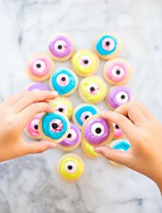 Zombie Eyeball Halloween Cookies
