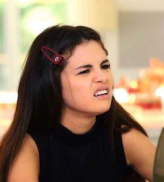 Ariana Grande Selena Gomez, Selena Gomez Hair, Selena Gomez With Fans, Selena Gomez Cute, Selena Gomez Pictures, Selena Gomez Wallpaper, Candice Patton, Alex Russo, Instagram Queen