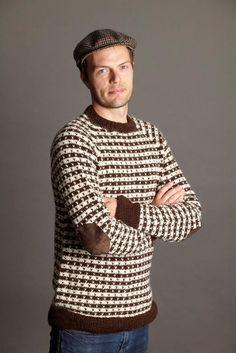 Klassiskherresweater med lus - strikkebogen.dk