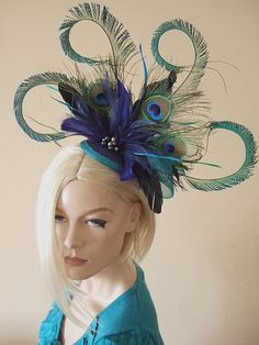 Curled Peacock Feathers Cluster with Graduated Crinoline and Swarovski Pearls Blue Green Fascinator
