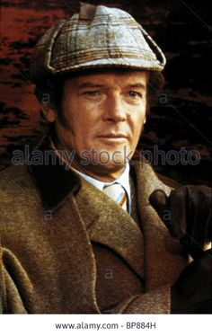 ROGER MOORE SHERLOCK HOLMES IN NEW YORK (1976) - BP884H from Alamy's library.