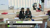 Hervé Tullet  http://www.herve-tullet.com/#