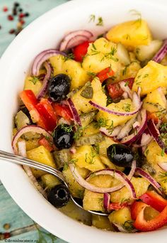 Delicious potato salad with onion, olives, pepper, pickled cucumber and dill - vegetarian salad Healthy Recipes, Salad Recipes, Vegetarian Recipes, Cooking Recipes, Vegetarian Salad, Potato Salad Dill, Potato Salad Recipe Easy, Healthy Breakfast Bowl, Happy Foods