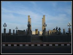 Kargil War Memorial opposite to Chief Secretariate office @ Pondicherry beach – Clicke by R K Arun    Credits : R K Arun