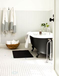 60 best bathrooms images in 2019 country style bathrooms bathroom rh pinterest com