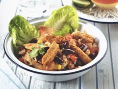 Mexican Stir Fry with Quorn Meat Free Fajita Strips Vegetarian Chicken, Vegetarian Lunch, Vegetarian Recipes, Healthy Recipes, Quorn Recipes, Chicken Recipes Video, Couscous Recipes, Fajitas, Mexican Food Recipes