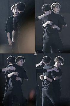 Wow [ Chanyeol & Sehun ]