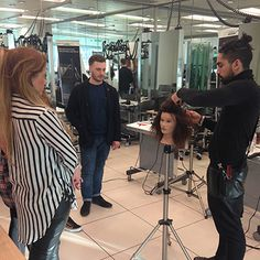 Rush Artistic Team member Dale Herne teaches at L'Oréal H3 Training Course for stylists.
