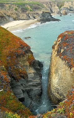 ✯ Lighthouse Beach - just north of Santa Cruz, California