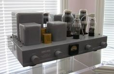 Beautiful rebuild of the famous Western Electric WE-91B Single-ended tube amplifier